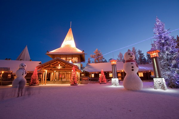Travel to a magical white christmas for Where to go for a white christmas in usa