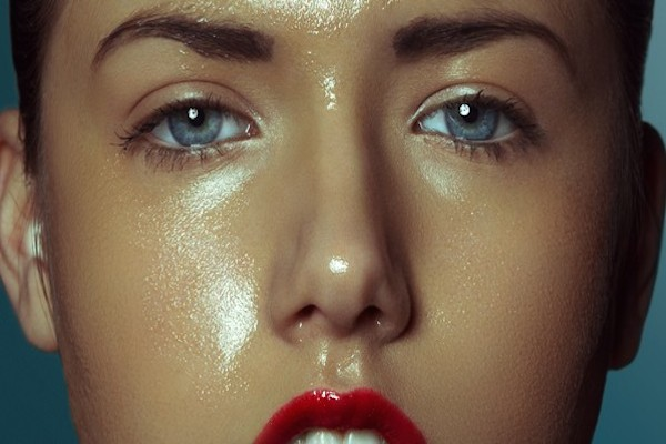 How to: Prevent makeup meltdown this Summer