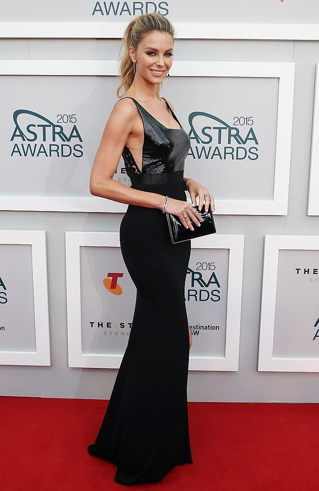 astra awards, red carpet, 2015, celebrity style