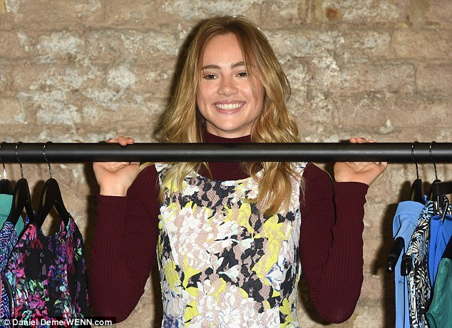 suki waterhouse, amazon fashion, shoreditch,