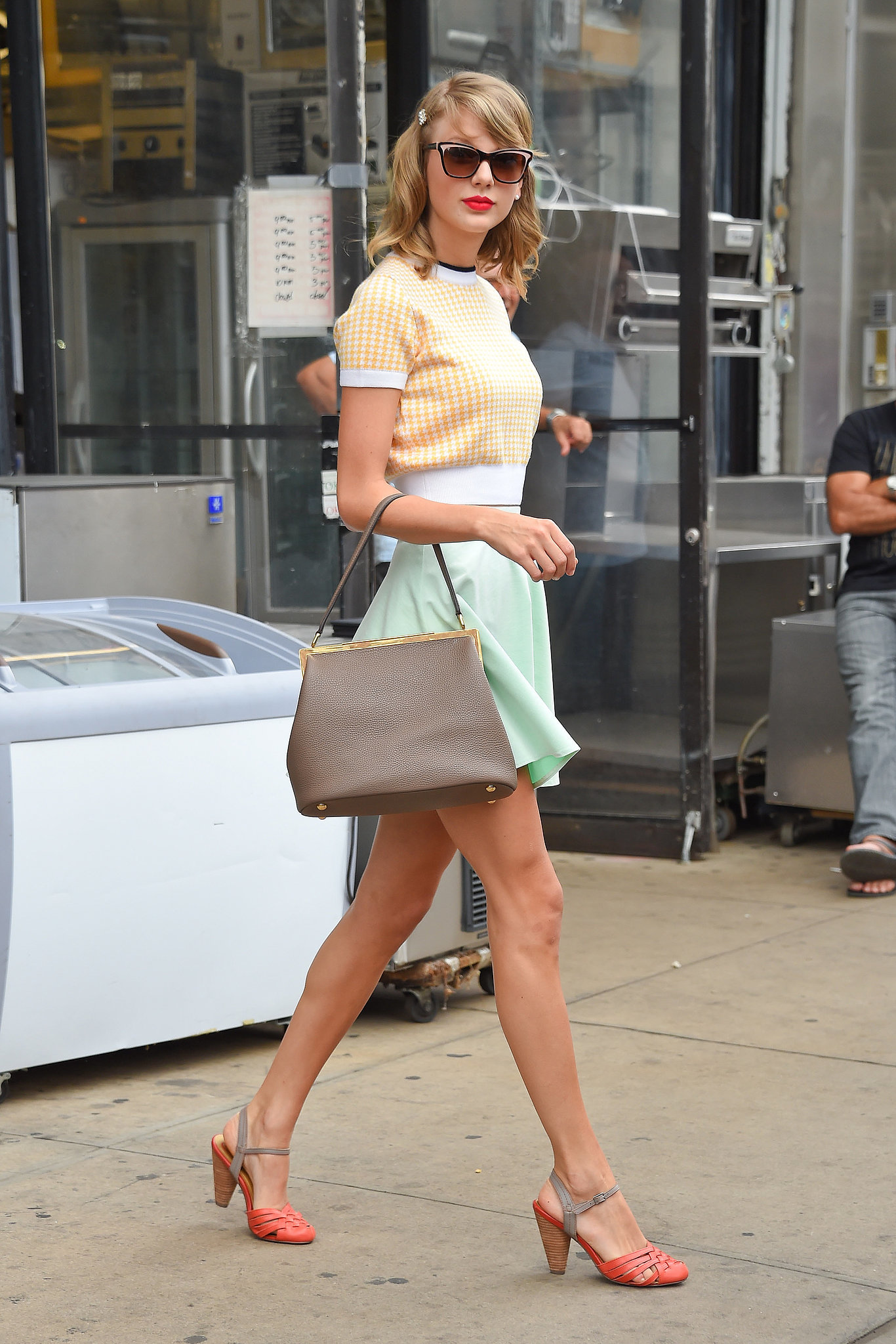 7100c00711bd0b The Best And Worst Celeb Street Style - style etcetera