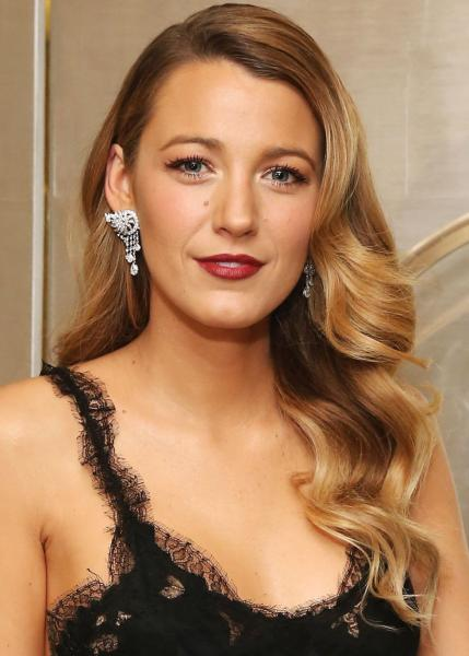 Blake Lively, hair styling, beat the heat