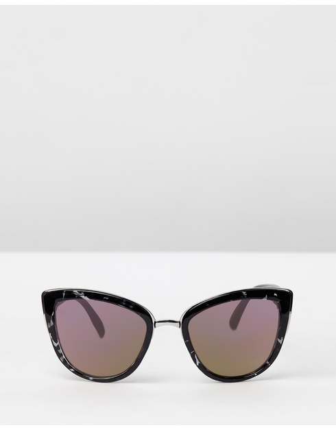 Sunglasses For Face Shape Oval : The Best Sunglasses For Your Face Shape - style etcetera