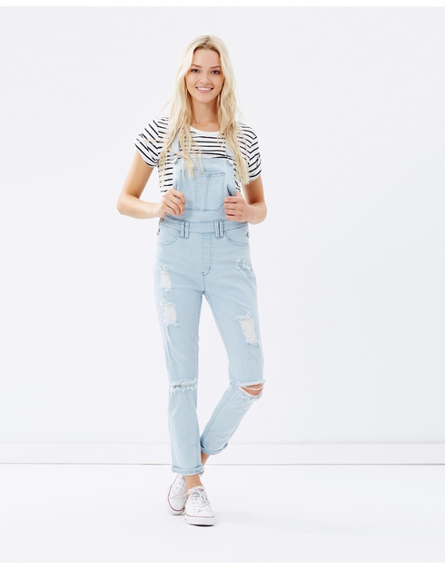 overalls, trending, spring, autumn, celebrity, style inspiration