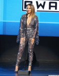 jennifer lopez, american music awards, outfits, ten outfits, style, AMAs, 2015, jlo