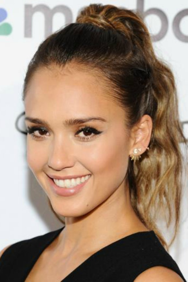Jessica Alba, celebrity, winter, make up